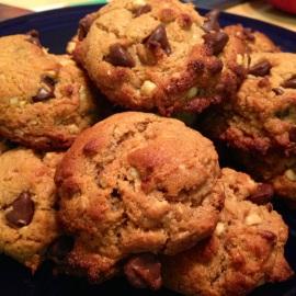Giant Vanilla Bean Chocolate Chunk Cookies